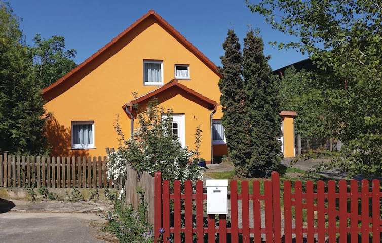 Holiday cottage with 3 bedrooms on 115 m² in Charlottenhof