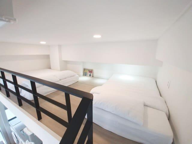 Professional hotel bedding