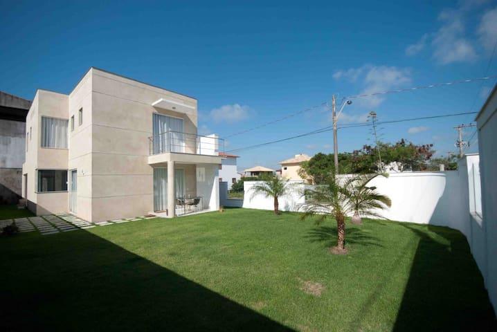 Moderna Casa no Mar de Vila Velha