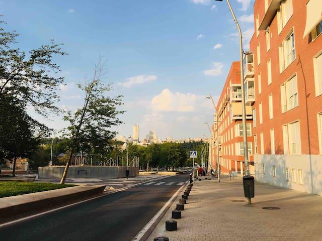 Nuevo 3 hab. en Madrid Río y Palacio Real