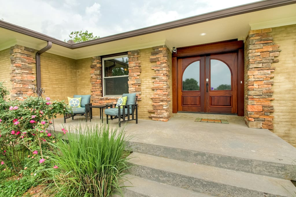 Front entrance with front patio, enjoy the sunset with plenty of open sky's.