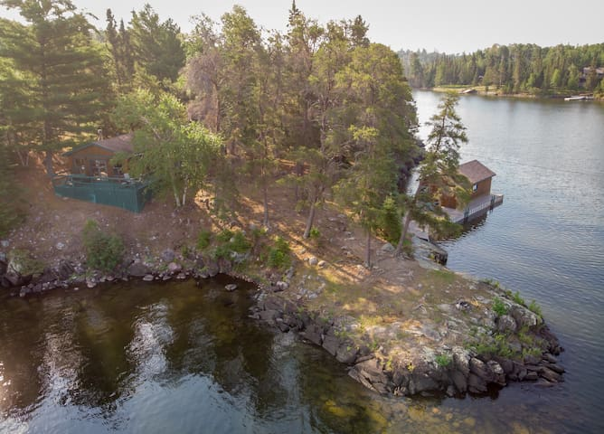 Private island cottage in Sioux Narrows!