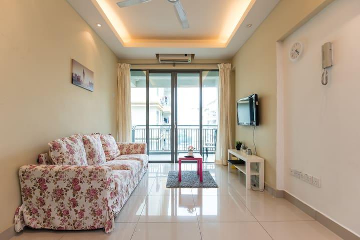 Nr Velocity 2bedroom type - Kuala Lumpur - Condominio