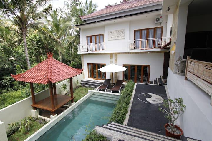 1-4BR Tranquile Villa Ubud Special Deal - Tampaksiring - Casa de campo