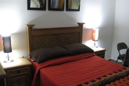 Casa Carranza Budget Hotel - San Miguel de Allende