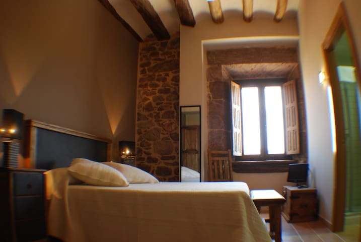 Double room Peña Alta - Sorlada - Bed & Breakfast