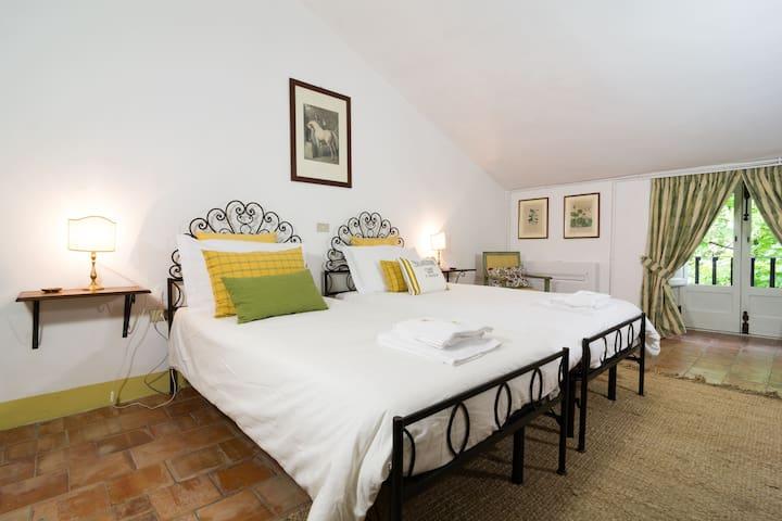 Castello di Serragiumenta Suite 6