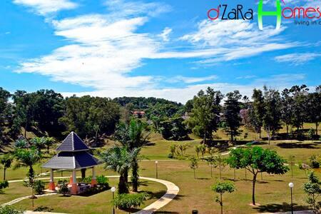 Living in comfort @ dZaRa Homestay - Senawang