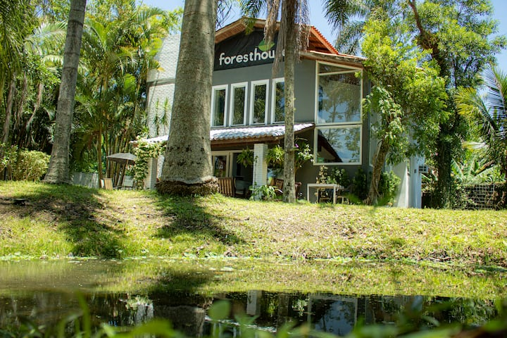 Foresthouse
