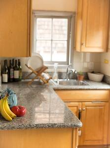 Adorable, Tranquil, Cozy Home w/ Secret Garden - Oakland - Huis