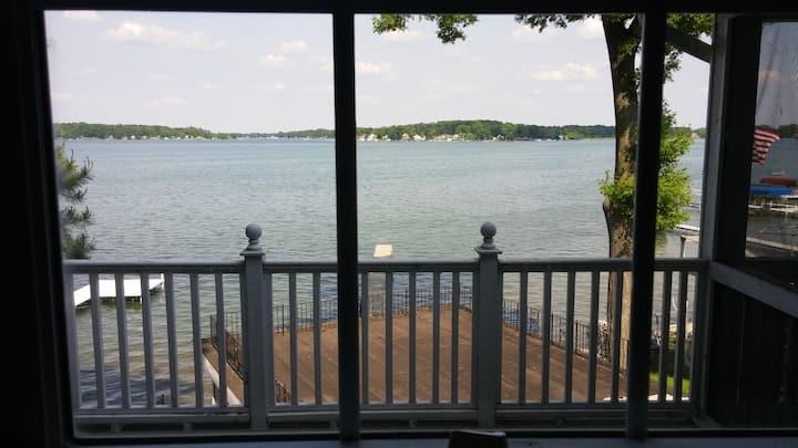 Cathy's Lake House, On Diamond Lake!