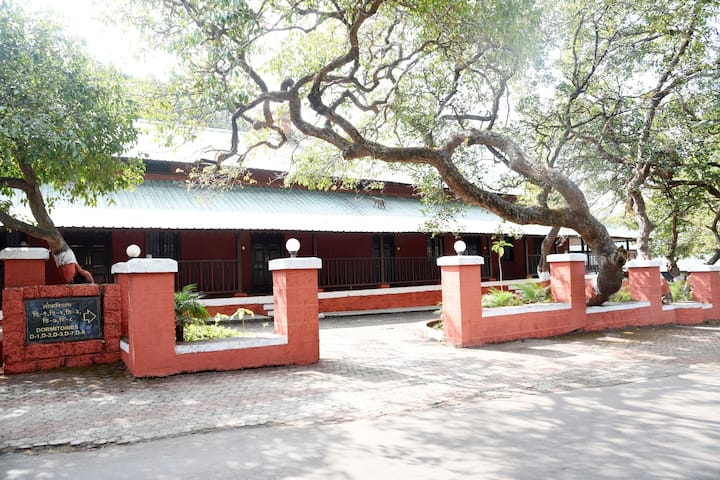 MTDC Mahabaleshwar : 'Heritage Suite'- Forest View