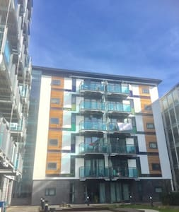 Stunning Spacious 1 bed Northern Quarter Apartment - Leeds - Huoneisto