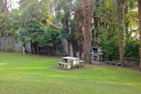 Italy, villa with private access to lake Maggiore
