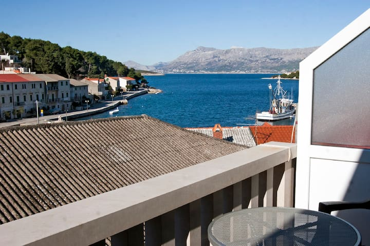 Two-Bedroom Apartment with Balcony and Sea View 121 - Povlja - Flat