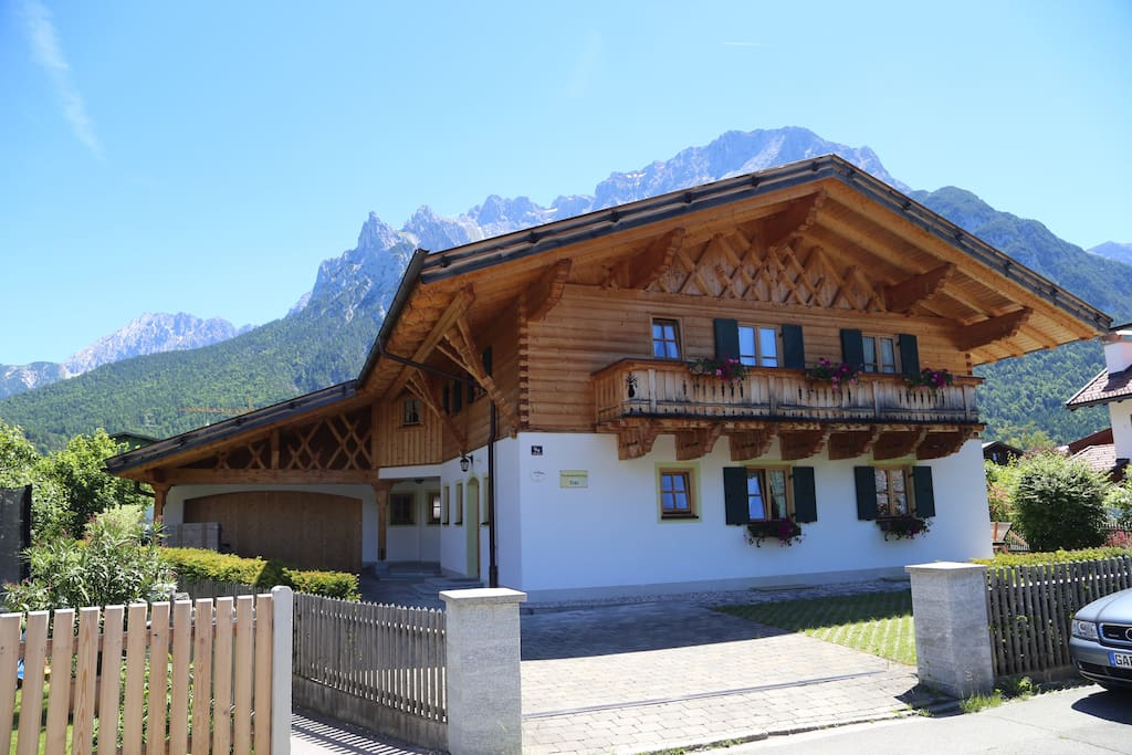 Haus Franzl Mittenwald Houses for Rent in Mittenwald