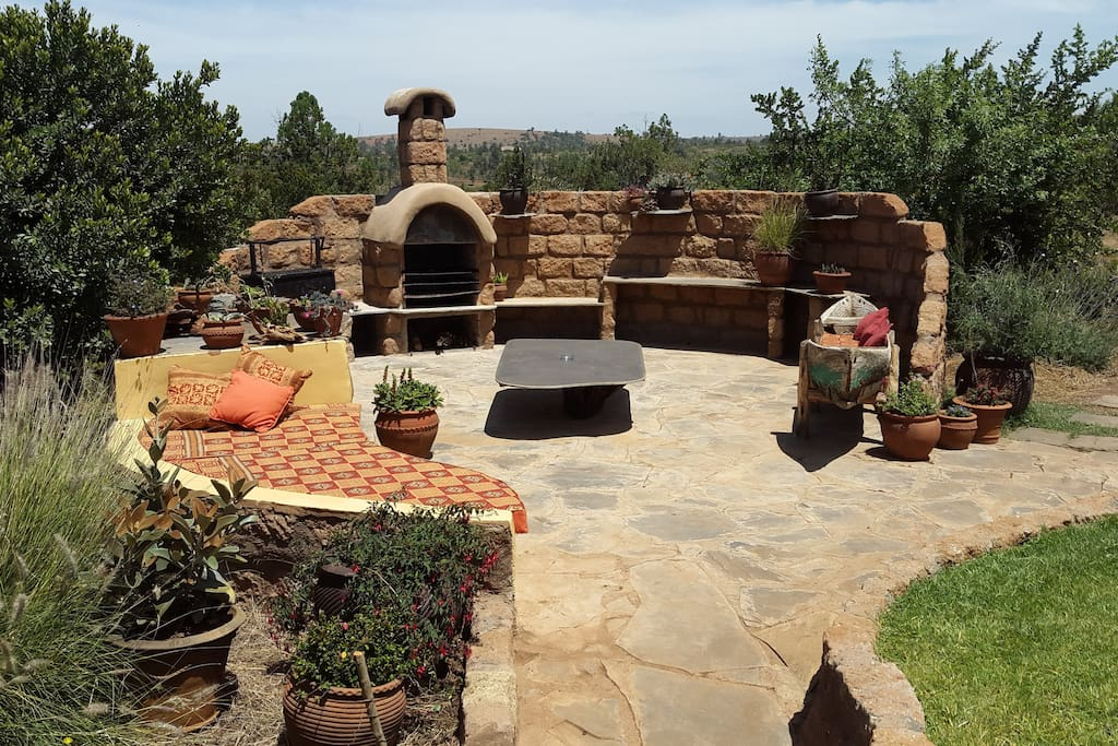 Barbecue Area, great for BBQ'S , sundowners & star gazing in the evenings !!