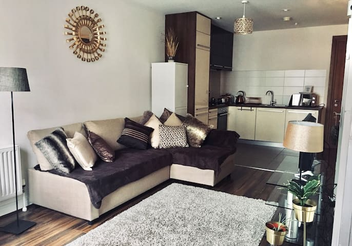 Luxury Titanic Quarter Belfast Apartment
