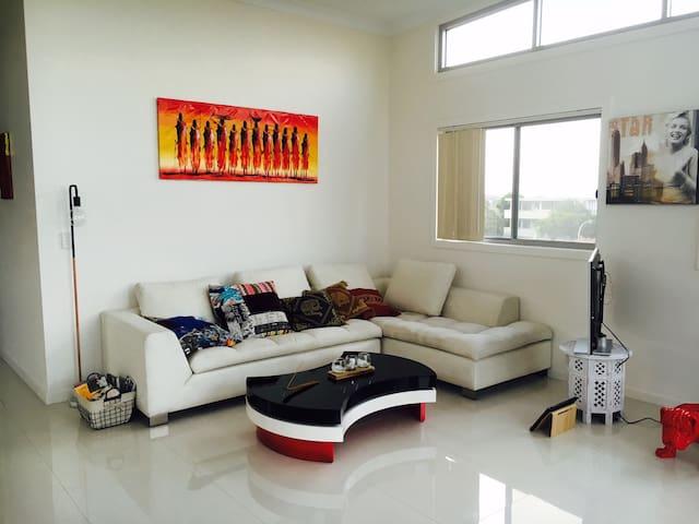 Stunning Penthouse Ocean View - Bondi - Condominium
