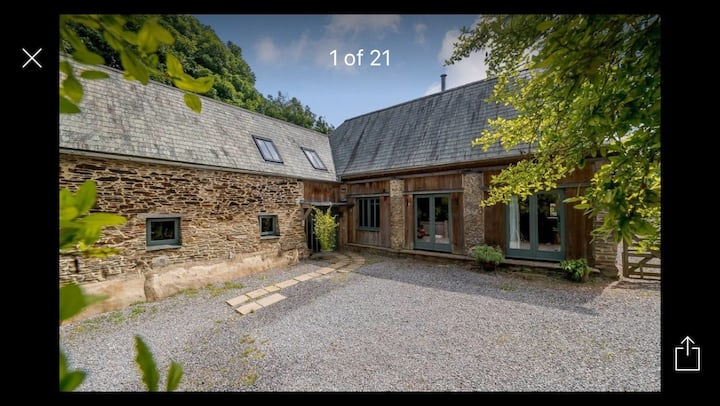 Beautiful Barn conversion with large garden.