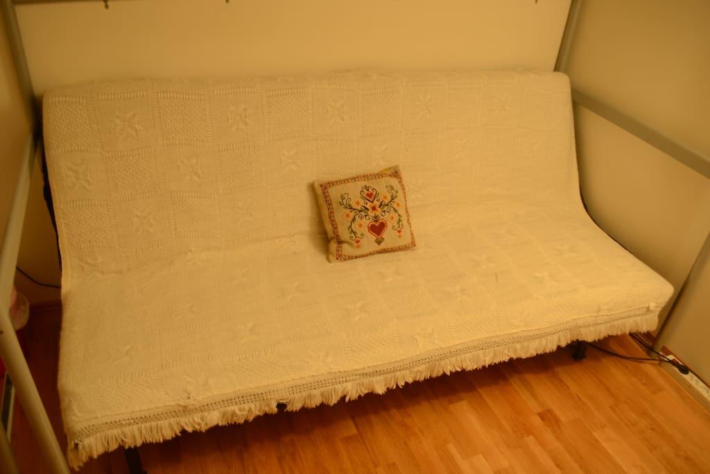 Sleeping-sofa as sofa