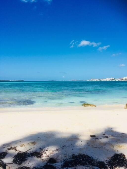 3 mins beach white sand