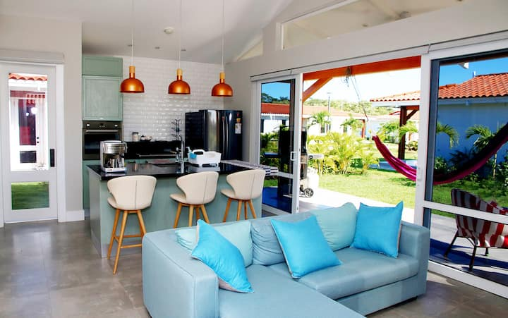 Colorful Playa Venao 2BR Walk-to-Beach BENOW Villa