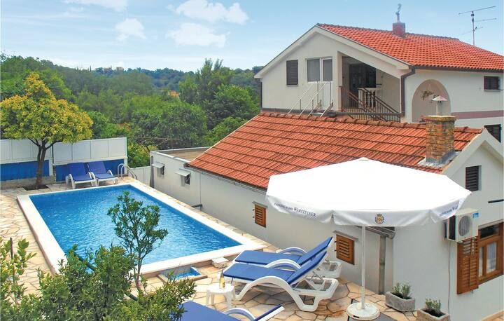 Holiday apartment with 1 bedroom on 34m² in Herceg Novi
