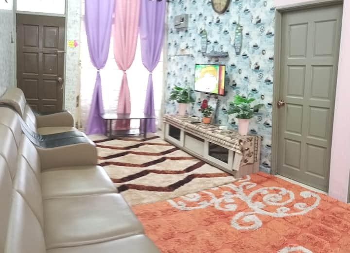 Kuala Kedah Home to relax or transit to Langkawi