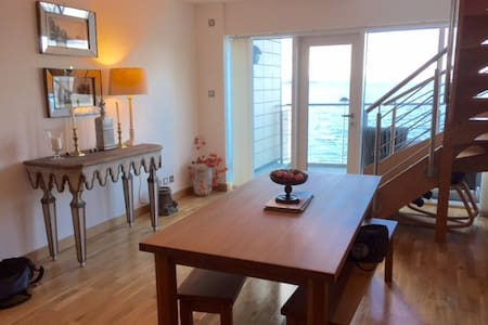 Double bedroom with ensuite - Edinburgh - Apartment