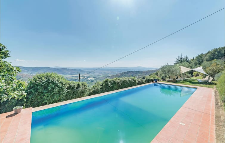 Holiday cottage with 6 bedrooms on 300m² in Cortona -AR-