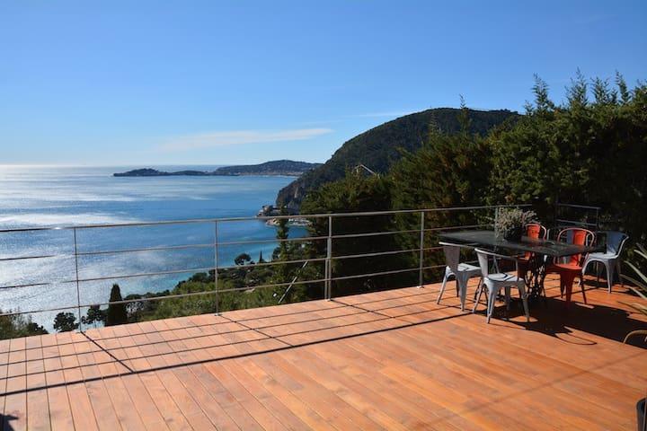 Villa fantastique vue mer au calme - Èze - Talo