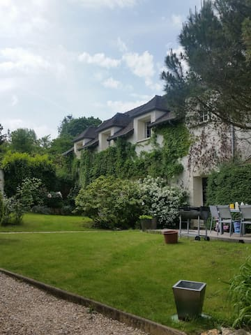 300m2 house close to Paris in elegant outskirts. - Villennes-sur-Seine - Lägenhet
