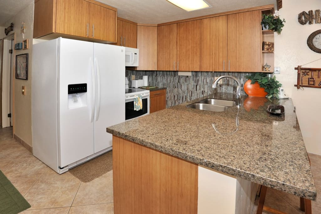 New kitchen granite, bamboo cabinets, sink, appliances..
