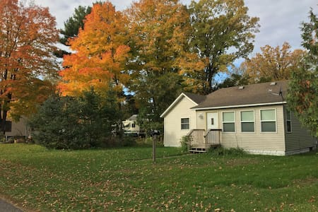 Whispering Pines Cottage - Crosby-Ironton, MN