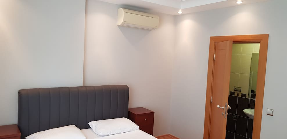 3rd bedroom which has private bathroom...