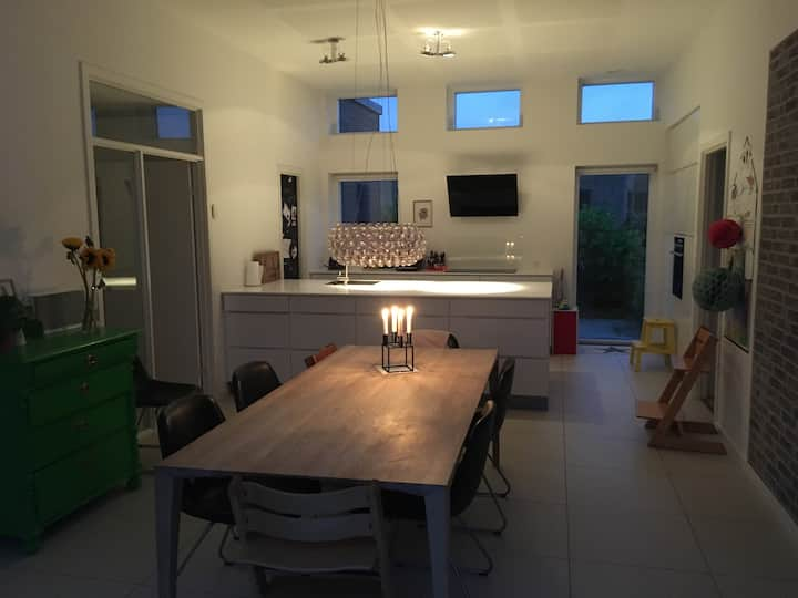 House for Family with kids in safe and quiet neighbourhood, 10 minuts from Aarhus and close to highway