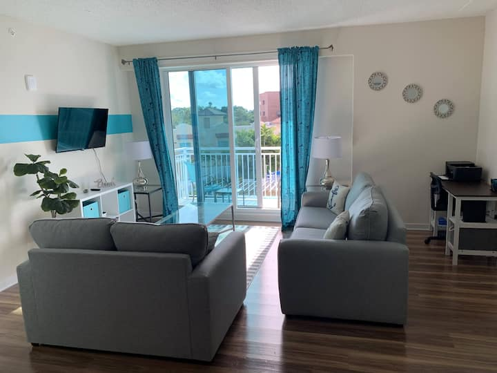 Downtown Clearwater Luxury Apartment 508