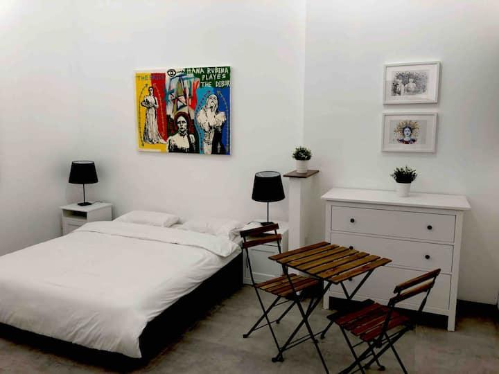 luxury 5 stars room, florentin AP-B