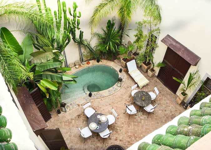 Riad les ammonites & SPA, private charming room