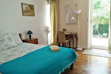 Semi Apartment QB (Room 7)