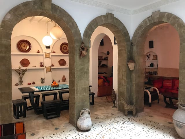 Authentic riad in the médina near the beach