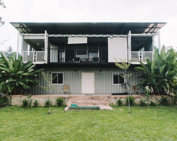 Rumah Kontena ZAHA (ZAHA Container House) - Masjid Tanah - House