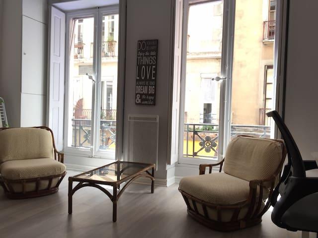 Beau studio au cœur de Grenoble. - Grenoble - Flat