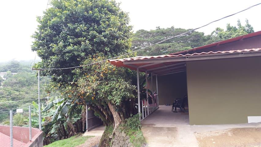 Casa Jalejos Apt. #1 - Monteverde - Byt
