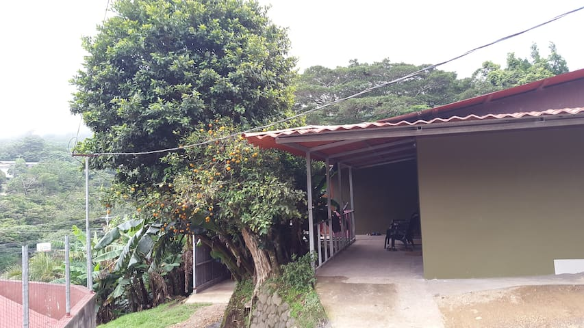Casa Jalejos Apt. #1 - Monteverde - Apartment
