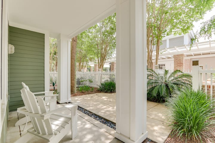 'Sundaze' is our favorite Baytowne Wharf condo by pool, beach tram, free WIFI