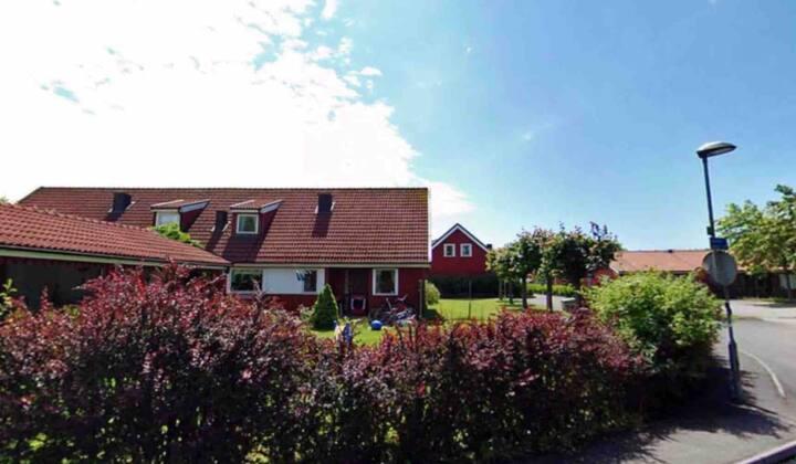 Hus nära hav och centrala Göteborg