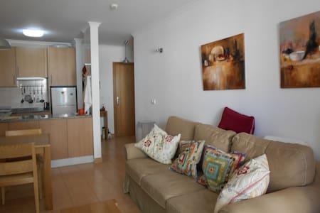 Apartamento 55 m2 en 1ª linea de playa. Montegordo - Monte Gordo