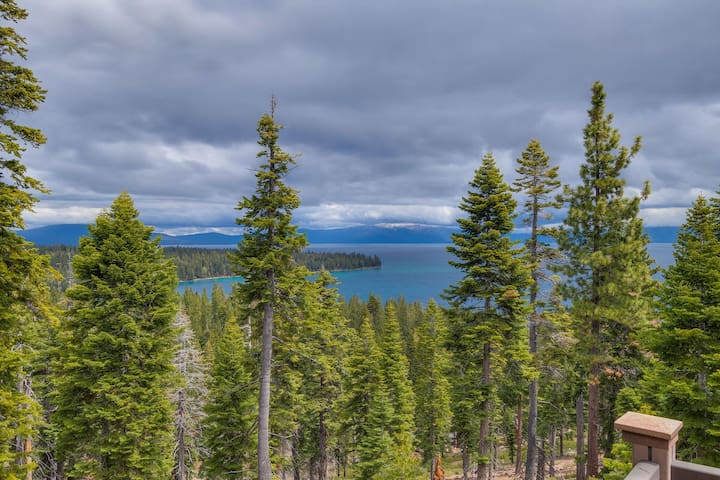 Tranquil West Shore Cabin w/ Panoramic Lake Views & New Hot Tub